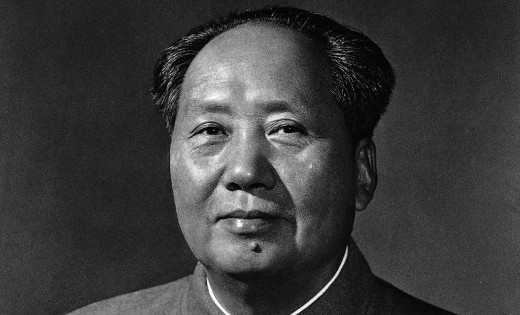 chinas ghandi mao zedong Edgar snow with mao zedong and liu shaoqi in beijing in 1960 in june 1936, snow left beiping with a letter of introduction from soong ching-ling (who was a politically important supporter of the communists) and arrived at xi'an.